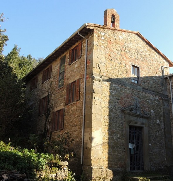 La Chiesa della Buona Morte, située du côté sud de la via Guglielmi.