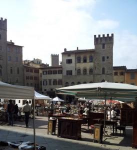 Fiera antiquaria arezzo 25 04 2012 le blog de fabienne for Arezzo antiquariato