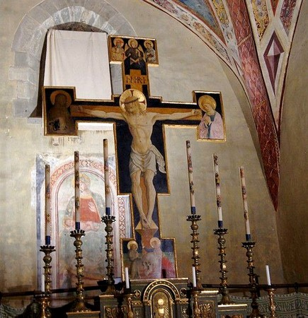 Le crucifix en bois peint, attribué à Bartolomeo Caporali  Aux alentours de 1460-1465.