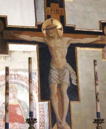 Le crucifix en bois peint.  Attribué à Bartolomeo Caporali.  Aux alentours de 1460-1465.    Eglise San Michele Arcangelo, Isola Maggiore, Lac Trasimène.
