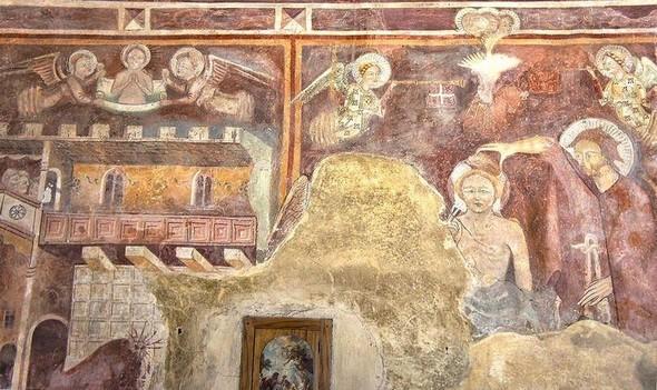 La fresque complète de l'Histoire de saint Jean Baptiste.
