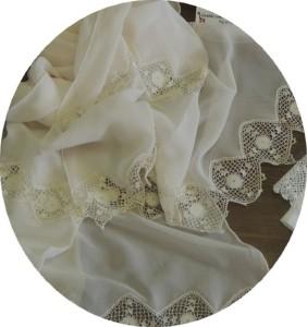 Le châle de la mariée.
