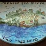 Logo di ceramica, designo di Maria Letizia BITTONI, opera di Marco SOLDATINI.