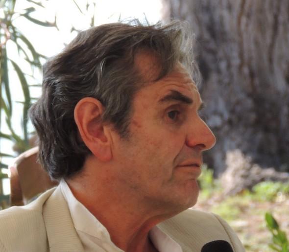 """Luca Zevi   -   Giardino del ristorante """"L'Oso"""", Isola Maggiore, 1/09/2013."""
