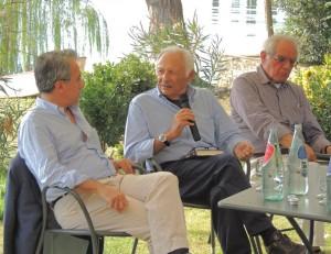 Mogol (icentro) è presentato e interrogato da Mino Lorusso, giornalista della RAI 3 e di Tg3 UMBRIA (sinistra) e da Anton Carlo Ponti (destra) - 8/09/2013.