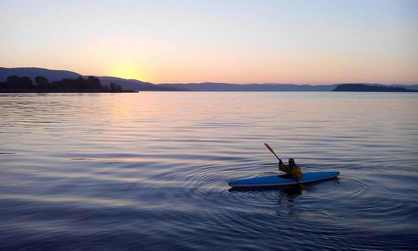 Entraînement sur le lac Trasimène   -      Allenamento sul lago Trasimeno.