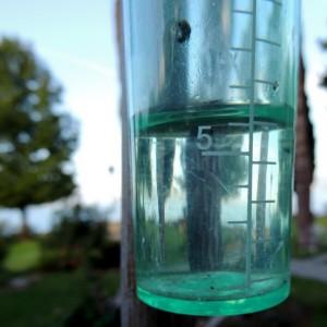 Relevé global de notre pluviomètre pour les 7 et 8 octobre 2013.