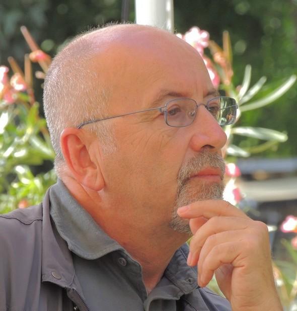 """Marco Rufini nel giardino del ristorante """"L'OSO"""" à l'Isola Maggiore   -   8/09/2013."""