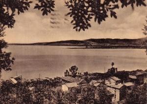 Non datée   -   via Guglielmi vue de la strada di San Salvatore : pontile de l'Isola Maggiore, chiesa del Buon Gesù et, au loin, la Punta Navaccia.
