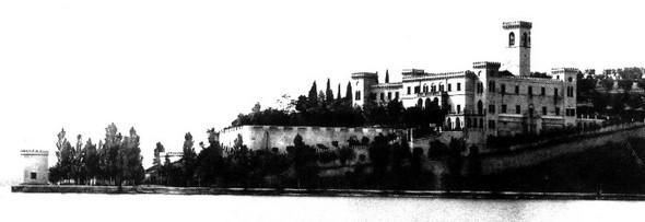 Le château Guglielmi à l'Isola Maggiore au début du XX° siècle.