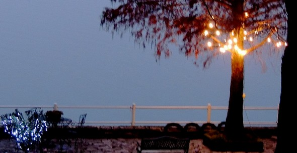 Illuminations au bout de notre jardin, face au lac Trasimène...