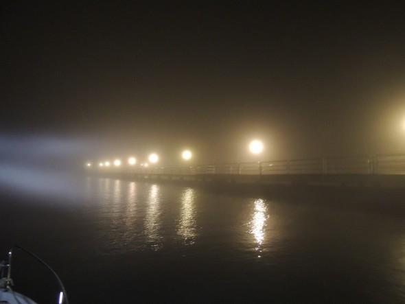 Le phare de ma barque pointé vers le débarcadère de Tuoro-Navaccia.