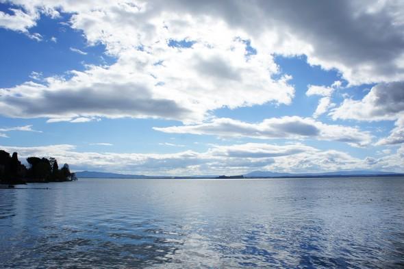 Bel exemple de la période bleue du lac Trasimène - 23 février 2014.