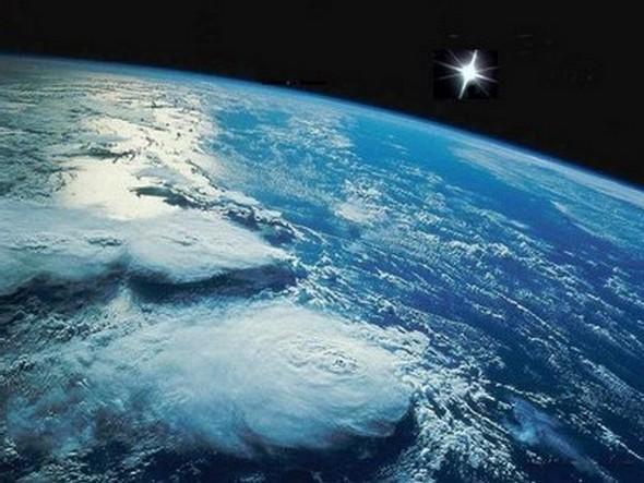 La planète Terre, règne du bleu...