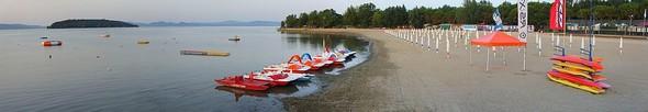 La plage de Tuoro-Navaccia dans toute sa splendeur le 2 juillet 2012, alors que le niveau du lac Trasimène était à  - 113.