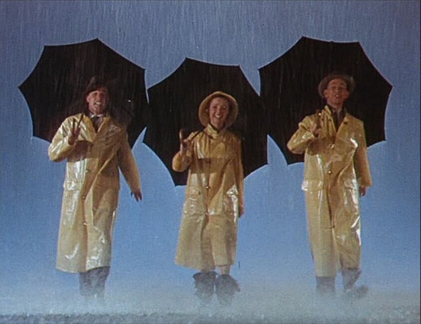 1Singin' in the Rain : de gauche à droite, Gene Kelly, Debbie Reynolds et Donald O'Connor -  1952