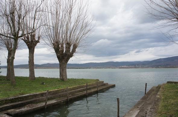 Darse de la maison la plus septentrionale de l'Isola Maggiore - Comme les autres, le niveau du Trasimène l'a rendue de nouveau opérationnelle.
