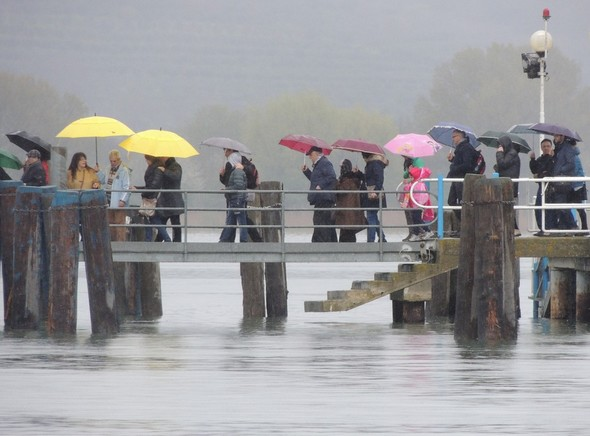 La pluie du samedi 4 avril constitua une douche froide sur notre optimisme naissant.