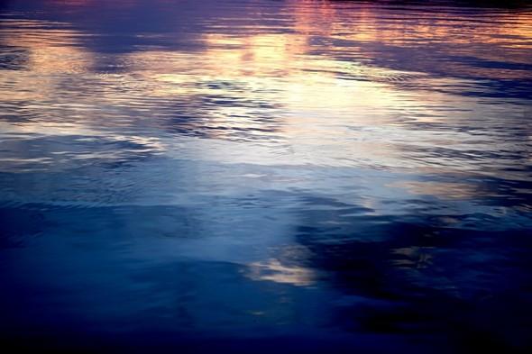 Feu de lac - Crépuscule sur les eaux du lac Trasimène,   06/06/2014,   20:35.