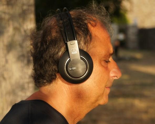 Sergi Piazzoli dirige le operazioni per Sunset Music - 21 giulio 2012.
