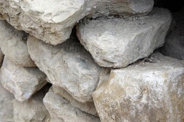 La construction ancienne de nombreux murets est très typique...