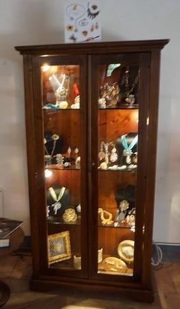 La vitrine d'exposition au rez-de-chaussée du Centre de Visite - Musée du Merletto.