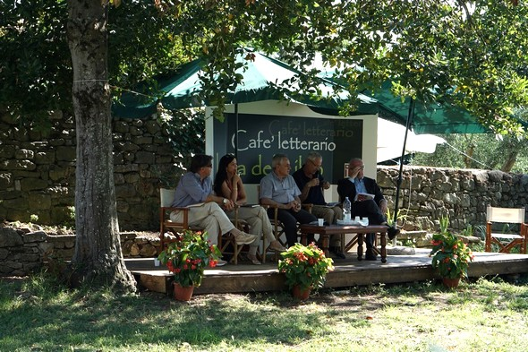 Café letterario, Isola Maggiore,   6/07/2014.