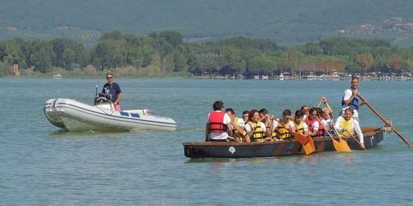 10:45 - Le bateau-dragon   -   Il Dragon Boat.
