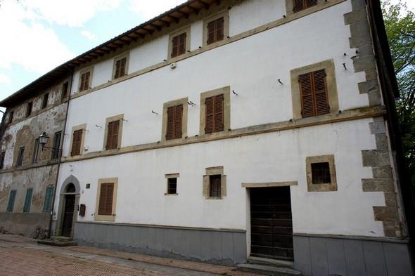 Palazzo Benini Squarti Perla (aprile 2014).