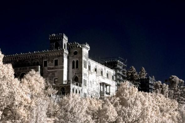 """Le château Guglielmi.Encore appelé """"Villa Isabella""""."""