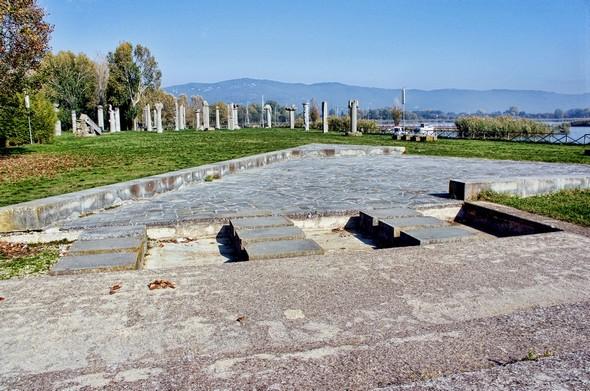 Ces structures à l'entrée du Campo del Sole  ont été crées par  Kuo-Wei Tu.