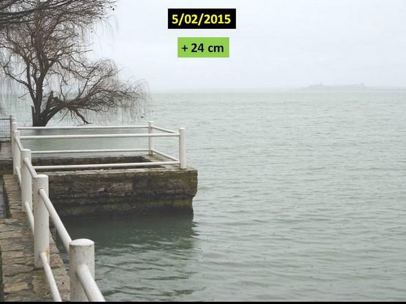Niveau du Trasimène par rapport au même endroit au début février 2015.