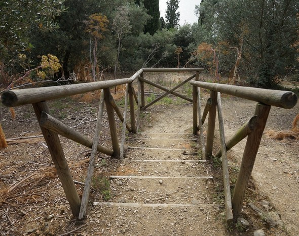 Escalier entre la via panoramica del Mulino et la viale Marchesa Isabella.Essai de composition 1. © Dinu Wilmotte