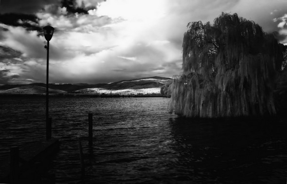Tuoro sul Trasimeno vue de puis la darse privée de notre maison à l'Isola Maggiore.