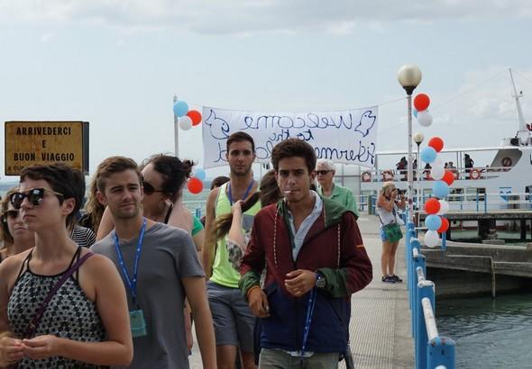 Débarquement à l'Isola Maggiore des étudiants américains.