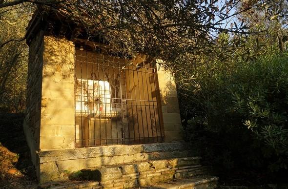 Chapelle des trois martyrs.Au sommet de la via Tre Martiri.29/12/2015 - 16:45