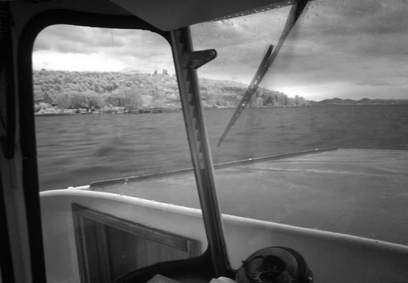 Le traghetto va bientôt virer.