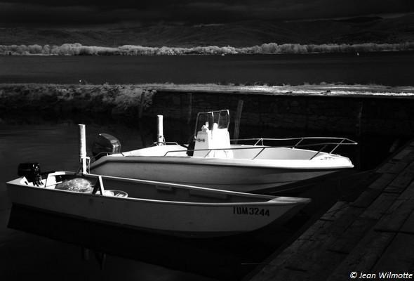 Jeu de lumière sur les barques.