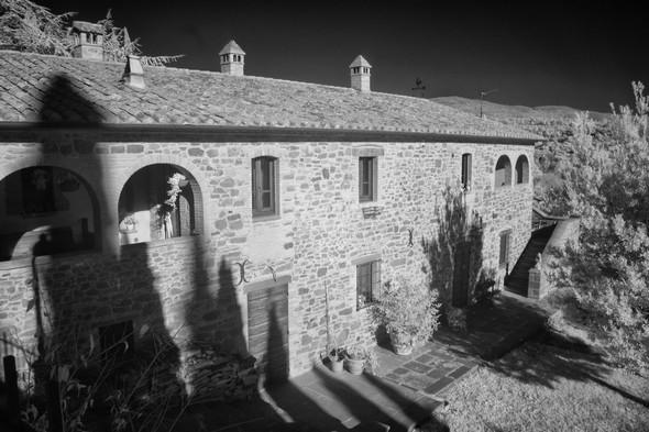 Une bellle maison typique sur le flanc du haut de Tuoro-sul-Trasimeno.