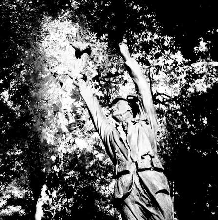 Monument aux morts de Tuoro-sul-Trasimeno pendant les deux conflits mondiaux.