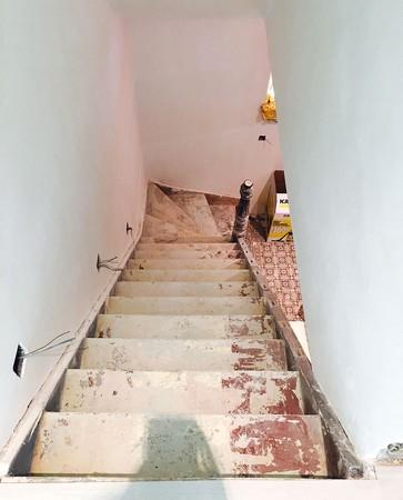 Achat d'une maison nécessitant une restructuration complète.