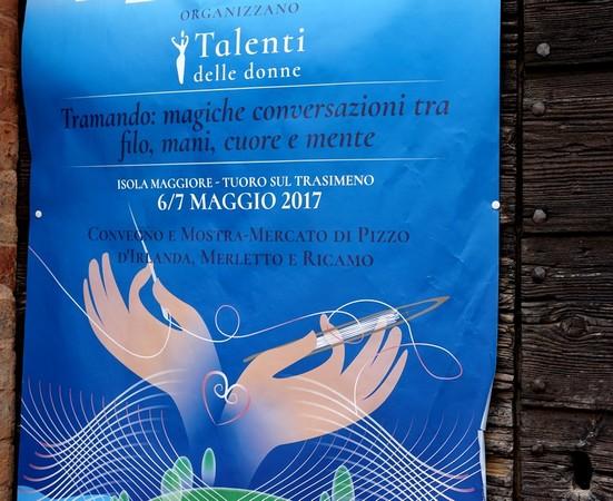 Manifesto affisso sulla porta del Museo del Merletto.Isola Maggiore, lago Trasimeno.