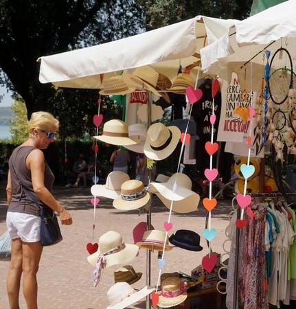 Esposizione del negozio di regali, La Stiva.