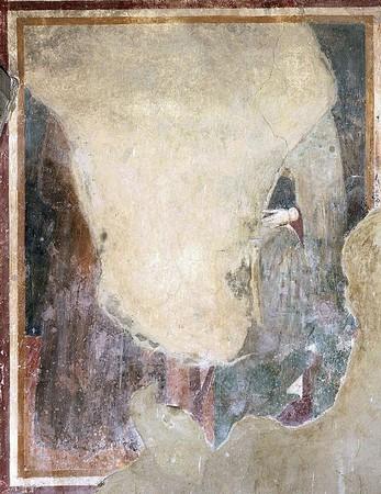 h - Deux saintes.La fresque est presque complètement perdue.On peut juste distinguer une main sortant d'une manche.