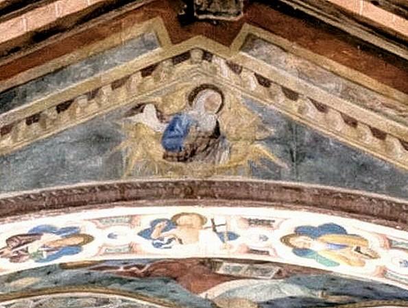 """<strong><span style=""""color: #ff0000;"""">c</span> -  <span style=""""color: #0000ff;"""">Dieu le Père</span> trône au faîte de l'arc de triomphe qui ouvre sur l'abside</strong>.<br />e - Juste sous lui, au centre de l'intrados, le Christ (et deux Apôtres)."""