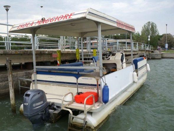 Il posto di attracco di Maurizio a Tuoro-Navaccia e la sua barca.2 maggio2018 -  16:051/60° - f/20 -  18 mm - ISO 400